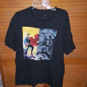 Batman Versus Superman T-Shirt Size Xl